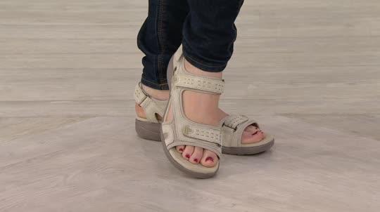 bdaab05bb59 Clarks Leather Adjustable Sport Sandals - Morse Tour. Back to video. On-Air  Presentation